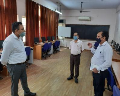 Dr. Anurag Yadav, Director, KVS ZIET, Gwalior-3